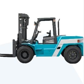 8.0吨 内燃平衡重式叉车